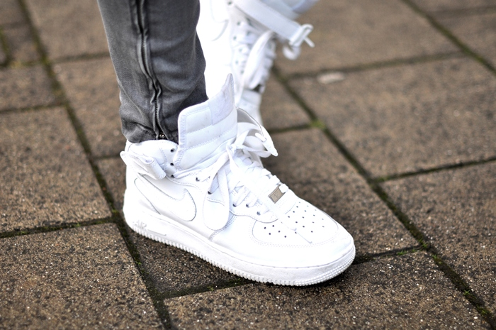 Nike Air Force 1 On Feet