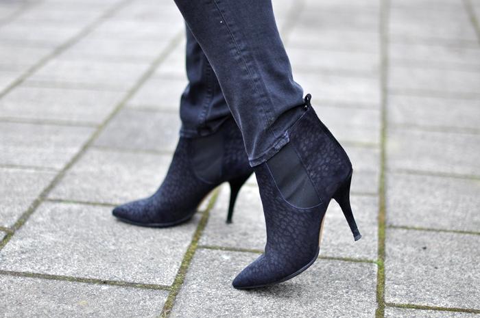 outfit black leather beanie isabel marant cleane zara jacket