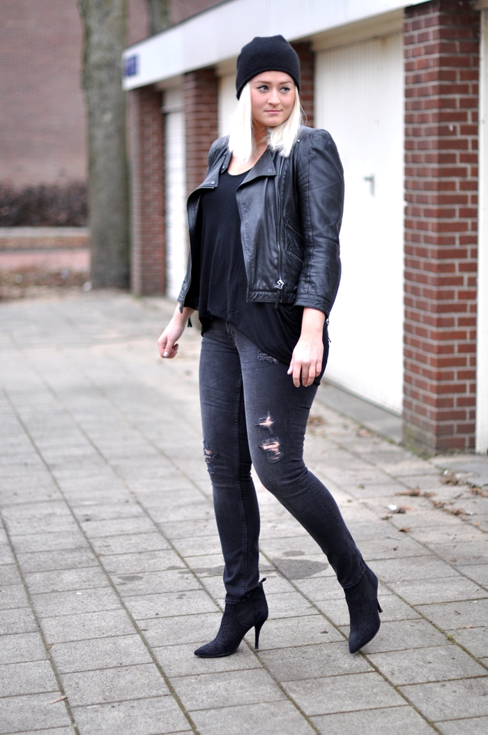 outfit black leather beanie isabel marant cleane zara jacket