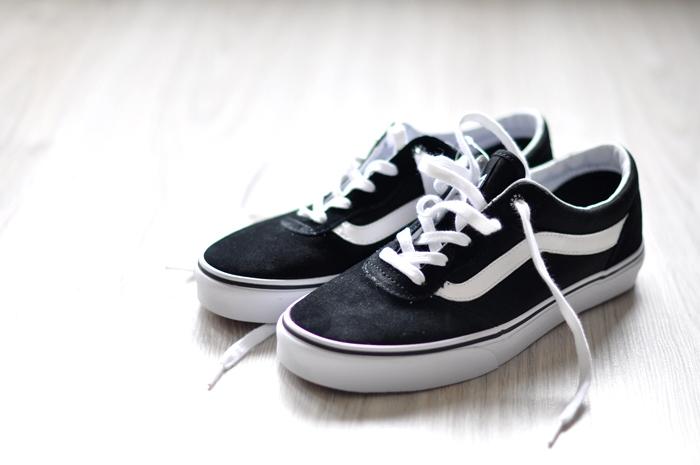 vans sk8 black suede sneakers