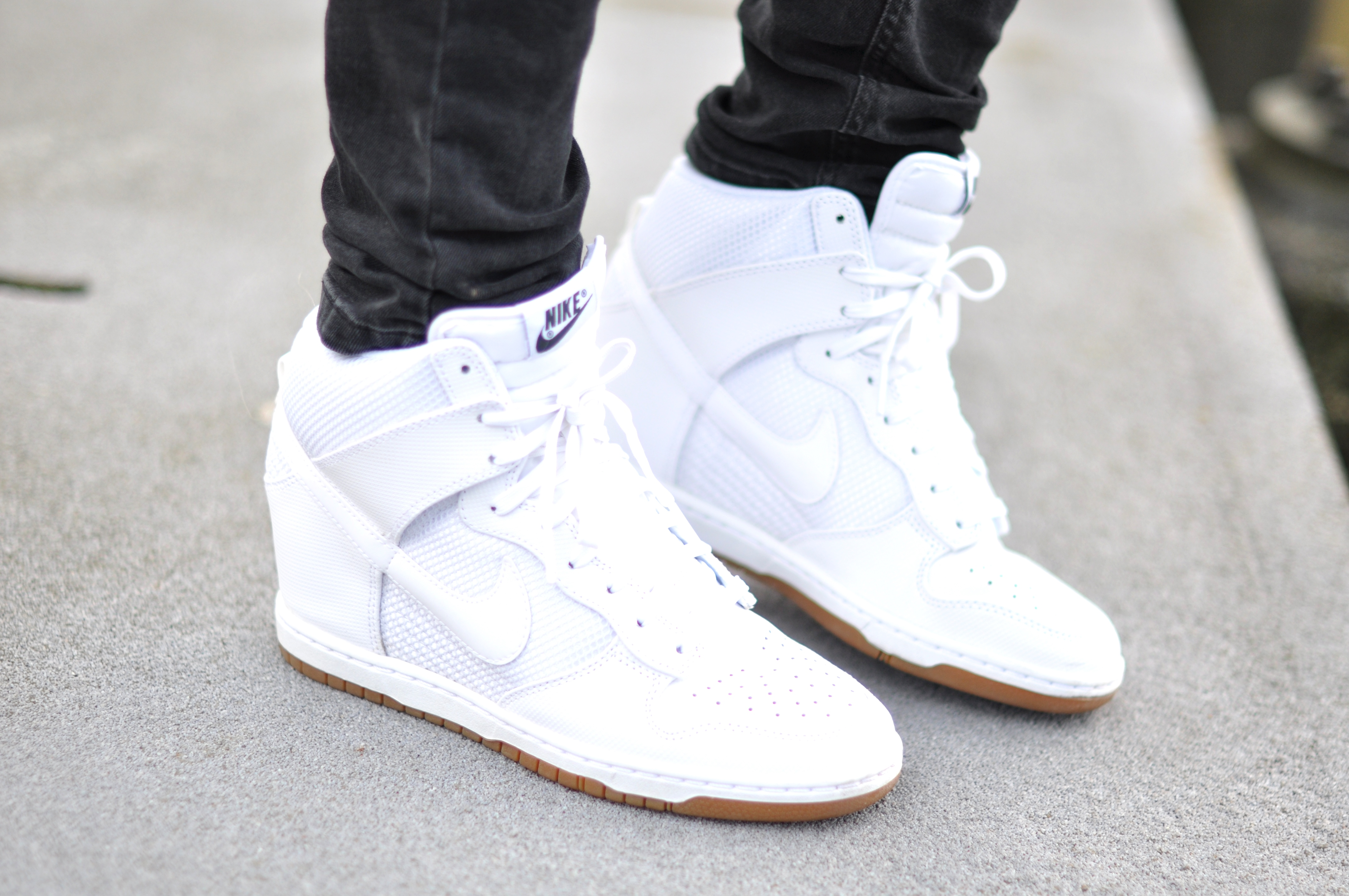 Nike Dunk High White