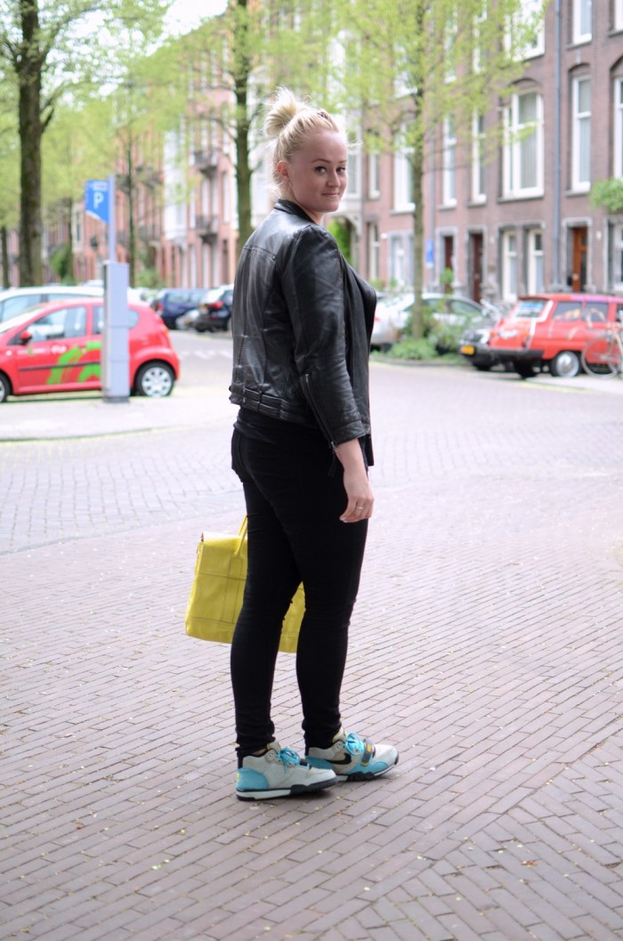 outfit mulberry yellow nike bamboo trainers zara leather jacket (1)
