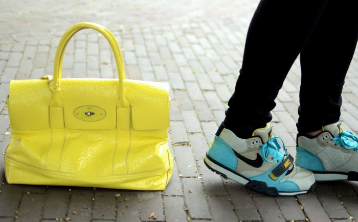 outfit mulberry yellow nike bamboo trainers zara leather jacket (4)