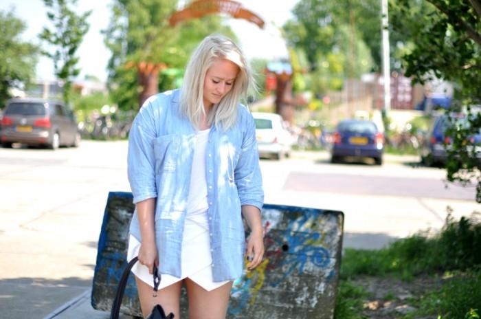 outfit zara white skort heels denim blouse alexander wang golf bag (2)
