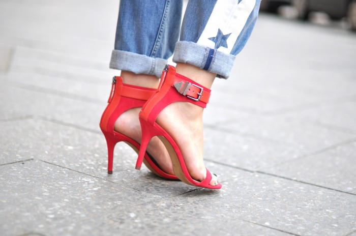 outfit double denim red heels zara star denim alexander wang (4)