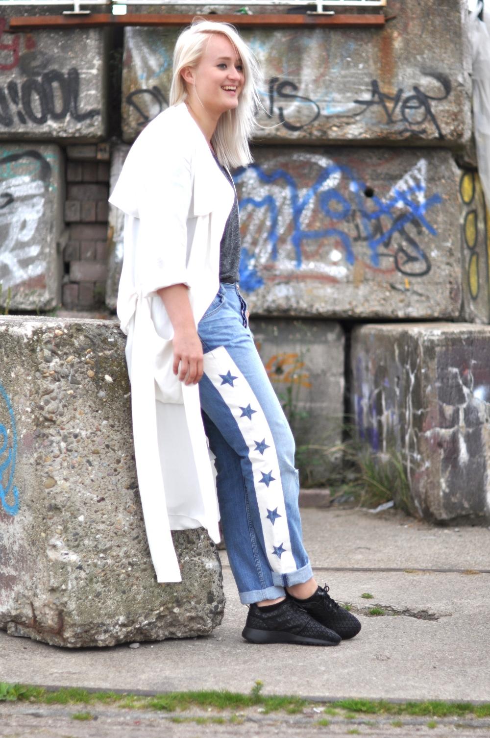 big sale d6ac9 6e9d5 outfit nike roshe run metric star denim riverisland white zara coat (4)