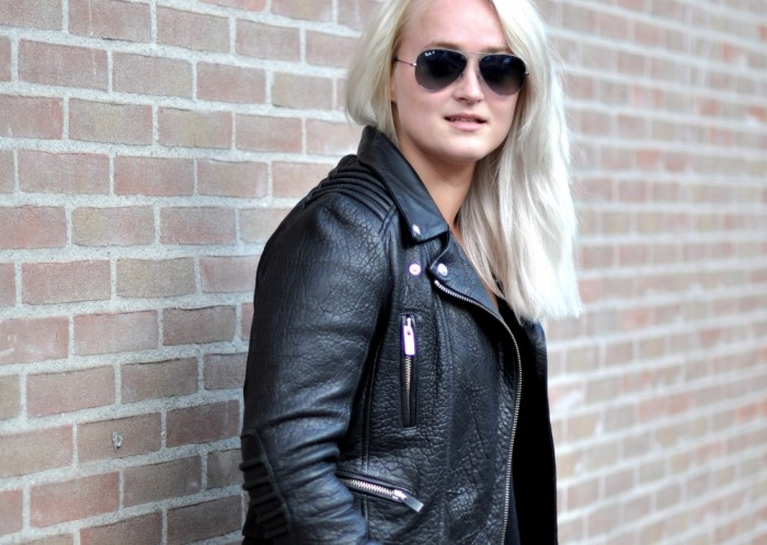 OUTFIT THE KOOPLES LEATHER JACKET ISABEL MARANT SNEAKERS RAY BAN AVIATOR (2)