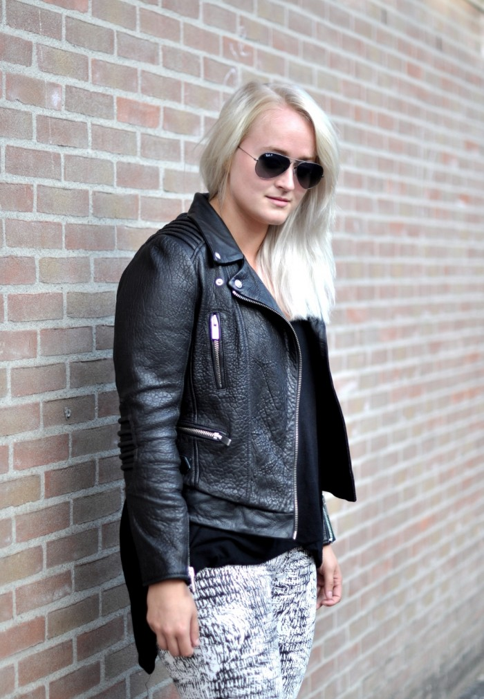 OUTFIT THE KOOPLES LEATHER JACKET ISABEL MARANT SNEAKERS RAY BAN AVIATOR (3)