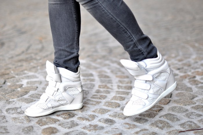 OUTFIT RIVER ISLAND JACKET ISABEL MARANT BRIAN SNEAKERS ALEXANDER WANG ROCCO (4)