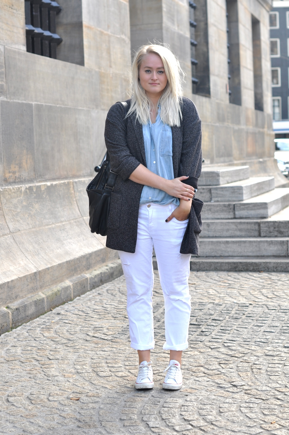outfit white ripped denim zara converse allstars denim