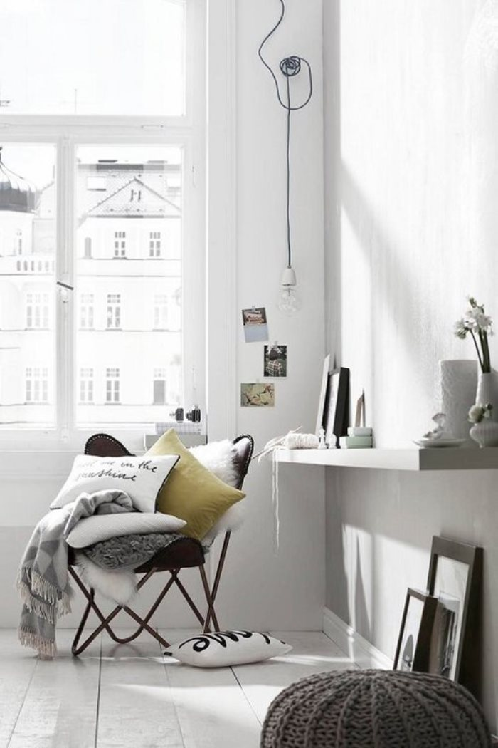 WHITE INTERIOR COSY CORNERS (4)