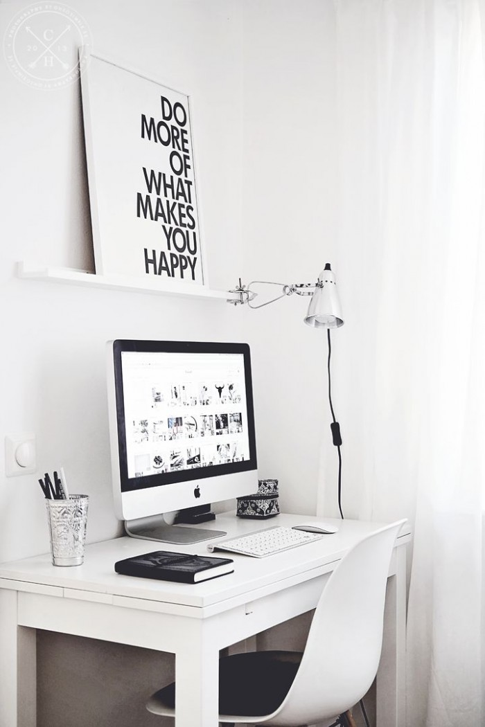 INTERIOR INSPIRATION WHITE SCANDINAVIANN WORKSPACE SIXFEETFROMTHEEDGE (5)