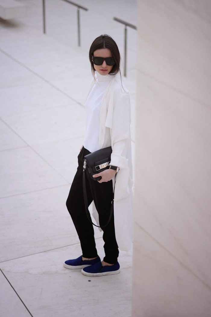 INSPIRATIONPOST SFFTE SIXFEETFROMTHEEDGE MONOCHROMATIC LOOSE FIT (6)