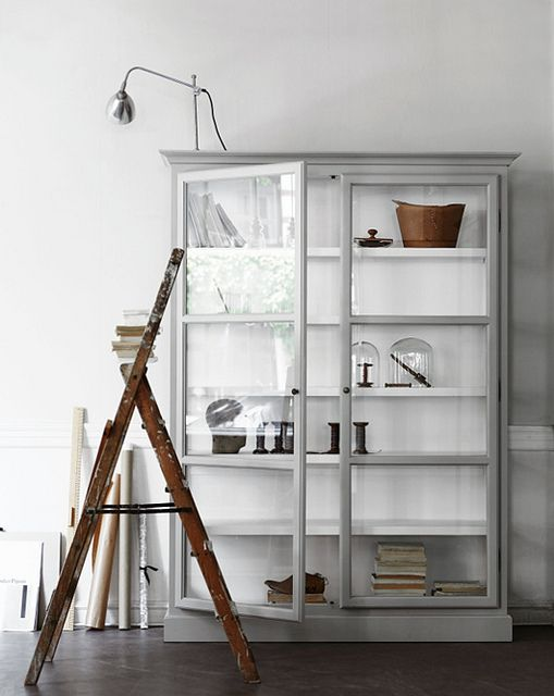 INTERIOR INSPIRATION ALL GREY WHITE SIXFEETFROMTHEEDGE SFFTE (2)