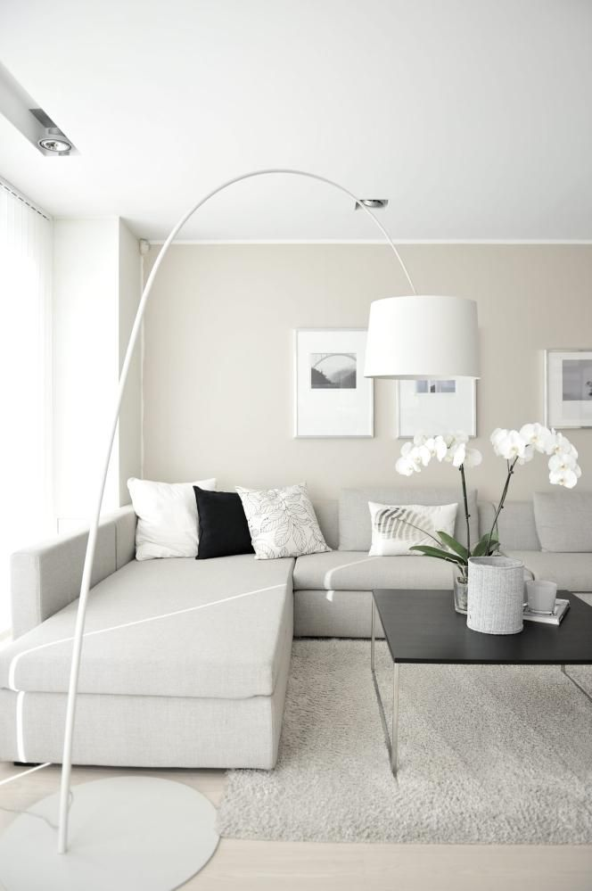 INTERIOR INSPIRATION ALL GREY WHITE SIXFEETFROMTHEEDGE SFFTE (5)