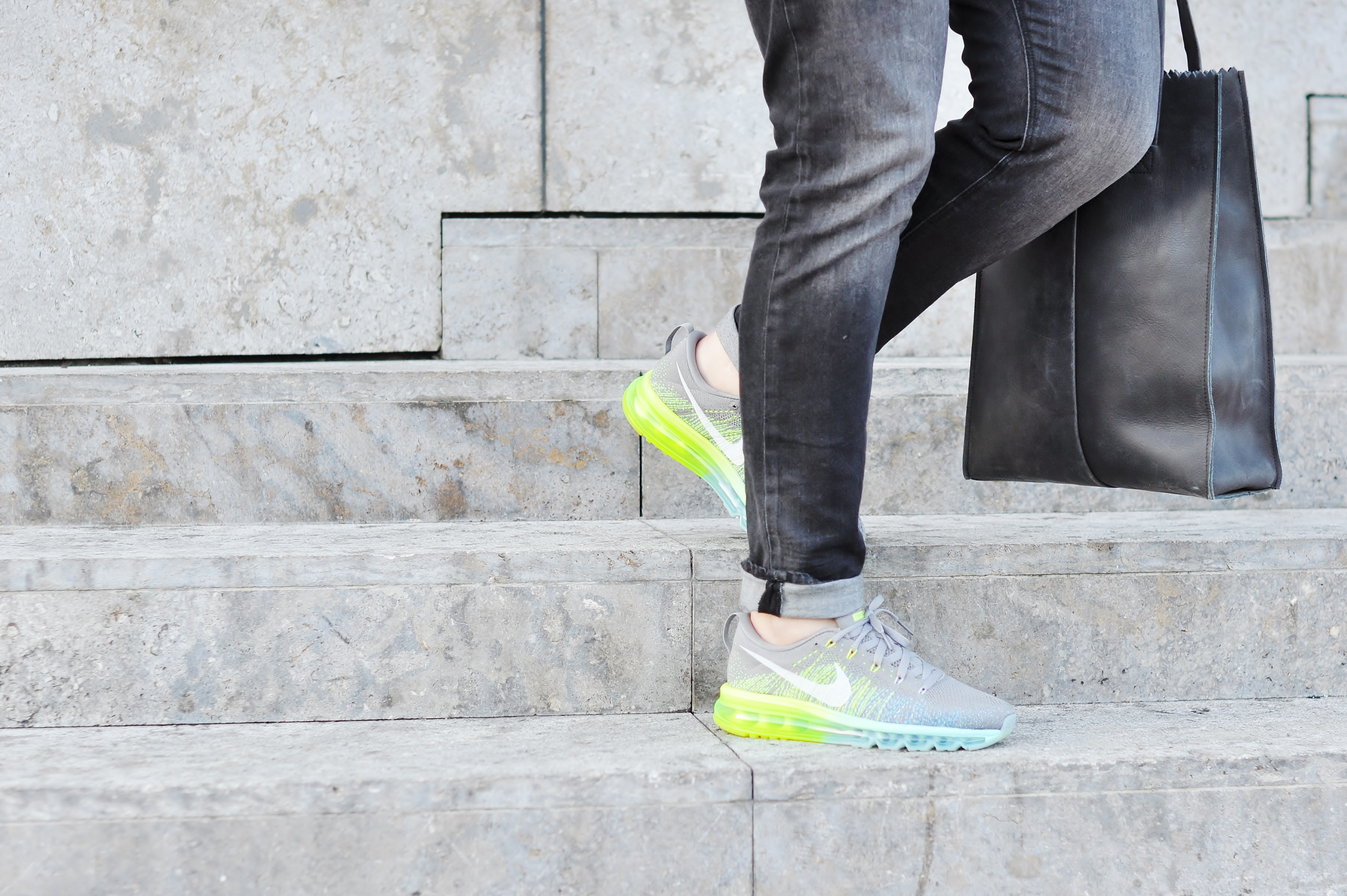 best service 7afb1 2f97e nike air max flyknit on feet