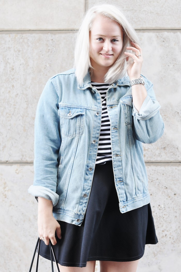 OUTFIT SKATER SKIRT ACNE PISTOL BOOTS DENIM JACKET STRIPED TOP ALEXANDER WANG TOTE BAG (4)