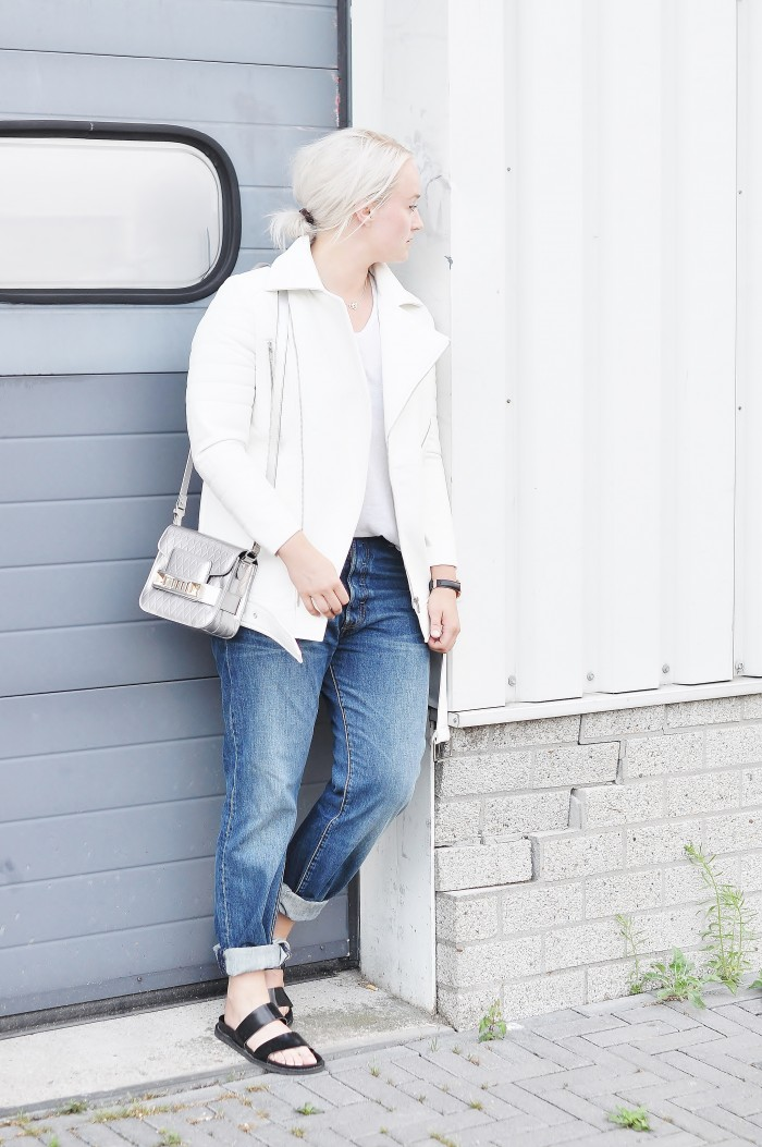 OUTFIT NELLY SCUBA BIKER JACKET OVERSIZED LEVI'S 501 DENIM JEANS PROENZA SCHOULER PS11 CLUSE WATCHES (5)