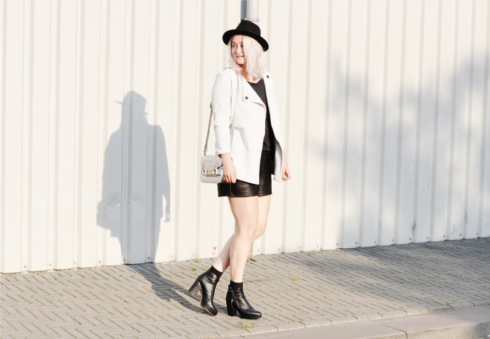 OUTFIT NEW LOOK JACKET ACNE TRACK BOOTS PROENZA SCHOULER PS11 (3)