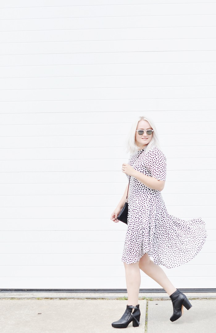 OUTFIT POLKADOT DRESS H&M TREND ACNE TRACK BOOTS RAYBAN CLUBMASTER SUNGLASSES (4)
