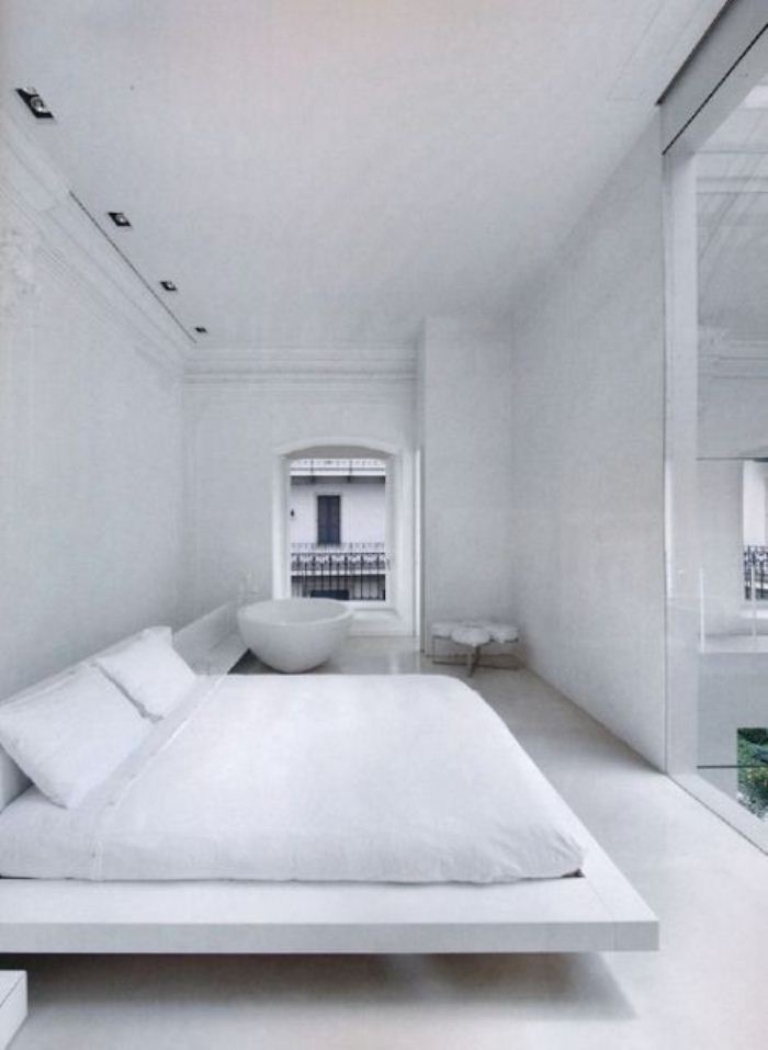all white bedroom sffte sixfeetfromtheedge (5)