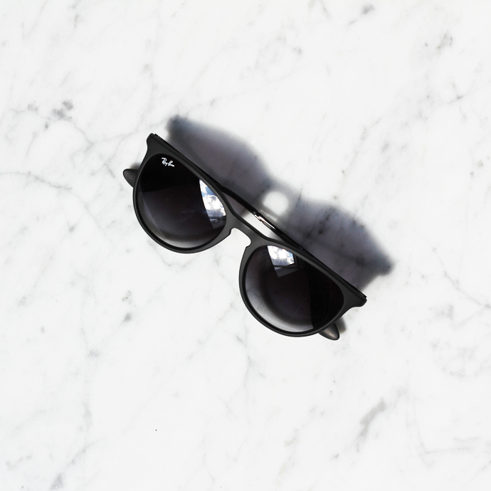 GIVE-AWAY RAY BAN ERIKA SUNGLASSES -